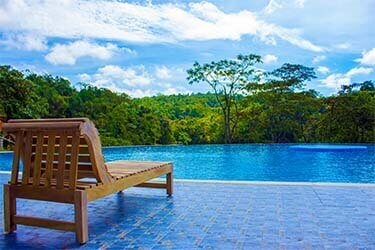 resorts near sakleshpur with swimming pool